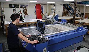 Midlands Graphics Company Buys DYSS Digital Cutting Table