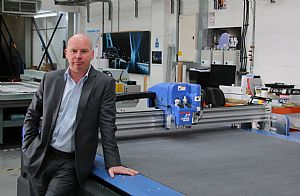 Print Specialist Yields Benefits of DYSS Digital Cutting Table