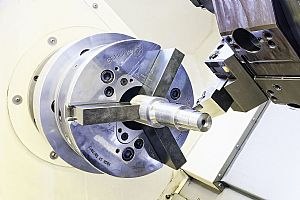 Combined quick change lathe chuck and jaw provide maximum turning flexibility
